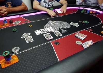 Как играть в покер на деньги?